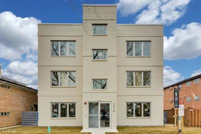 Elmwood Park Condo/Townhouse For Sale: 2618 North 75th Court #1
