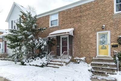 Brookfield Condo/Townhouse For Sale: 3626 Prairie Avenue
