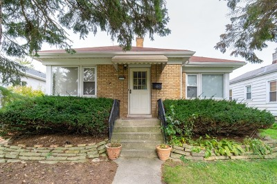 Brookfield Single Family Home For Sale: 9530 Henrietta Avenue