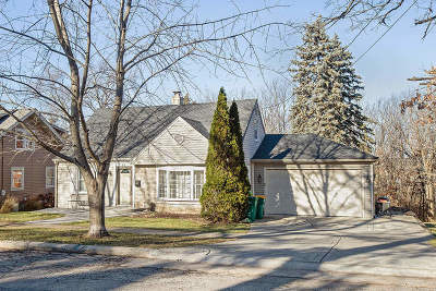 Lemont IL Single Family Home New: $329,900