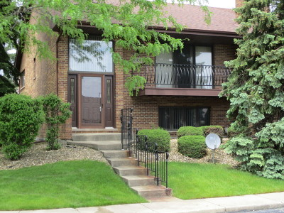 Orland Park Condo/Townhouse For Sale: 10938 Colorado Court