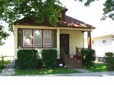 Cook County Single Family Home Re-Activated: 13318 South Mackinaw Avenue