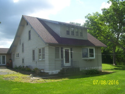 Elgin Single Family Home For Sale: 7n151 Il Route 25