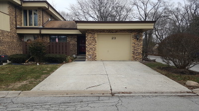Palos Heights Condo/Townhouse Contingent: 23 Sorrento Drive