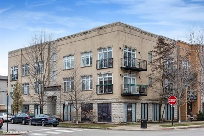 Condo/Townhouse New: 2135 West Roscoe Street #3S