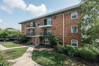 Worth Condo/Townhouse Re-Activated: 10811 South Lloyd Drive #11