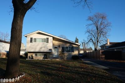 Elmhurst Single Family Home For Sale: 737 North Eastland Street