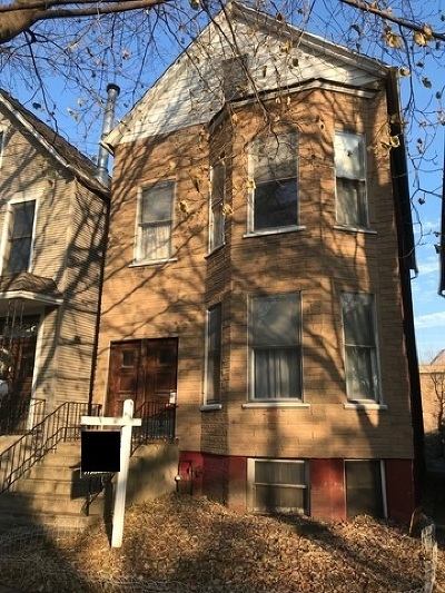 Multi Family Home Contingent: 1924 West Berenice Avenue