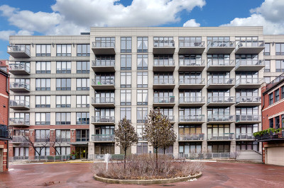 Condo/Townhouse For Sale: 1000 North Kingsbury Street #606