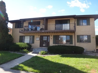 Tinley Park IL Multi Family Home For Sale: $409,500