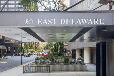 Condo/Townhouse For Sale: 200 East Delaware Place #16A