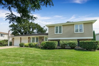 Arlington Heights IL Single Family Home New: $344,900