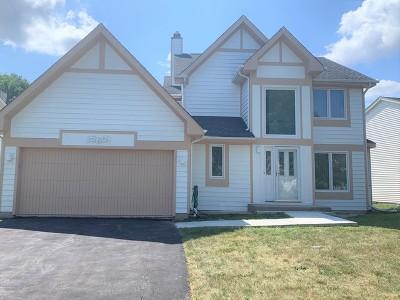 Wheeling Single Family Home For Sale: 560 Denoyer Trail