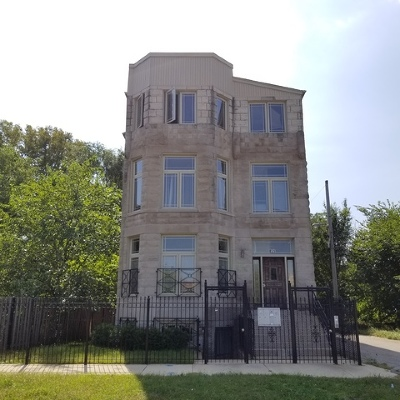 Chicago IL Condo/Townhouse New: $70,000