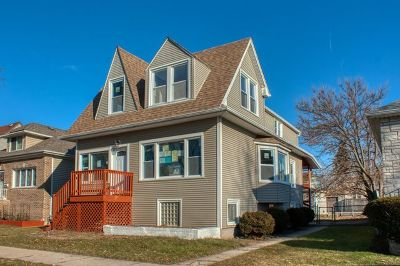 Elmwood Park Single Family Home For Sale: 2309 North 73rd Court