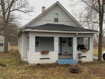 Elgin Single Family Home For Sale: 999 Saint Charles Street