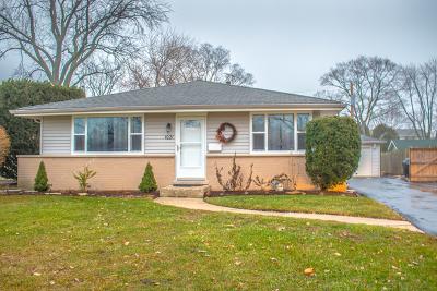Glenview Single Family Home For Sale: 1021 Longmeadow Drive