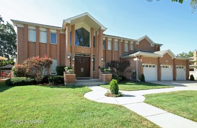 Skokie Single Family Home For Sale: 5021 Fairview Lane