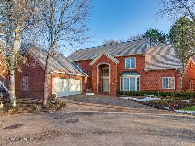 Northfield Single Family Home For Sale: 12 Regent Wood Road