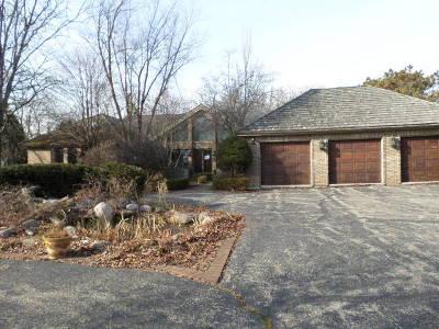 Highland Park Single Family Home Auction: 2436 Tennyson Lane