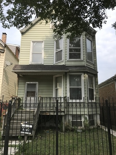 Multi Family Home Contingent: 2841 North Avers Avenue