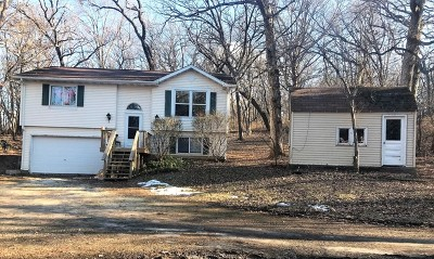 Spring Grove Single Family Home Contingent: 7204 Johnsburg Road