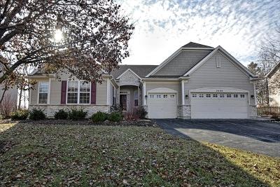 North Aurora Single Family Home For Sale: 2680 McDuffee Circle
