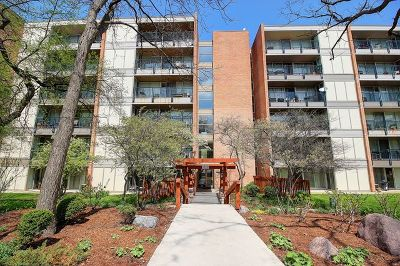 Lisle Condo/Townhouse For Sale: 6010 Oakwood Drive #5K