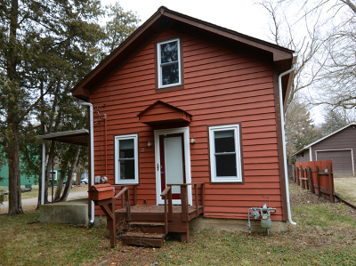 Fox River Grove Single Family Home For Sale: 213 Circle Road
