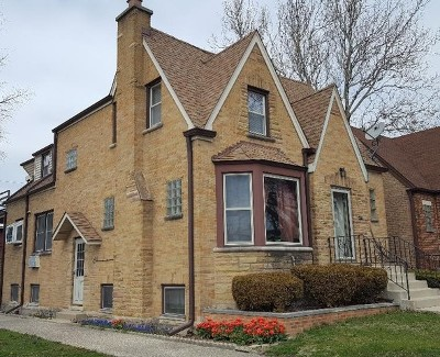 Elmwood Park Single Family Home For Sale: 1700 North 74th Avenue
