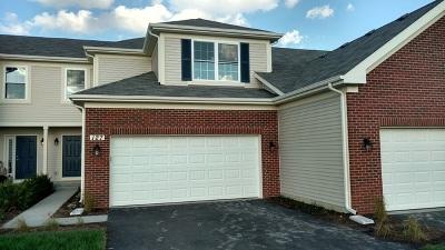 Oswego Condo/Townhouse For Sale: 127 Dorset Avenue