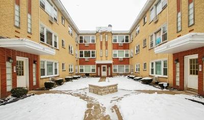 Condo/Townhouse For Sale: 3203 West Berwyn Avenue #2E