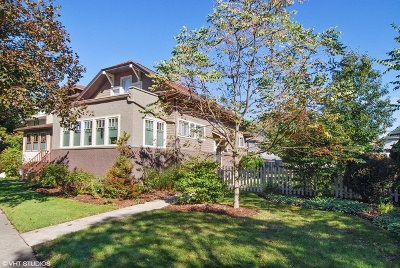 Oak Park Single Family Home For Sale: 840 North Ridgeland Avenue