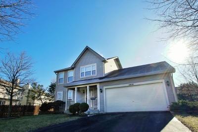 Aurora Single Family Home For Sale: 2601 Smithfield Lane