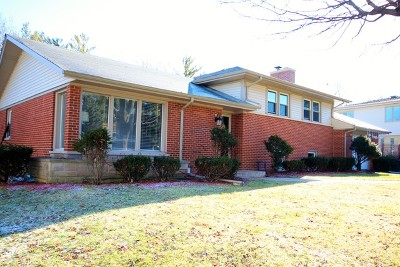 Prospect Heights Single Family Home For Sale: 105 Owen Place