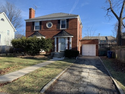 Elmhurst Single Family Home For Sale: 495 South Washington Street