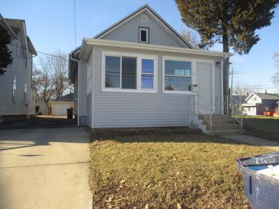 Elgin Single Family Home For Sale: 464 Prospect Street