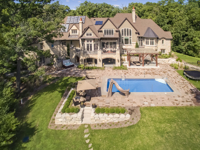 Single Family Home For Sale: 1210 Crown Fox Lane