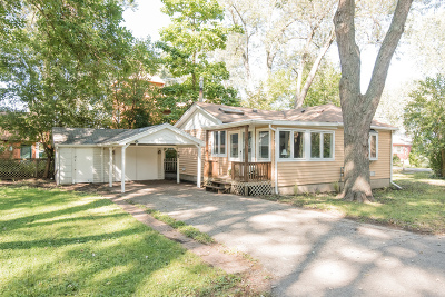 McHenry Single Family Home For Sale: 3015 South Bergman Drive