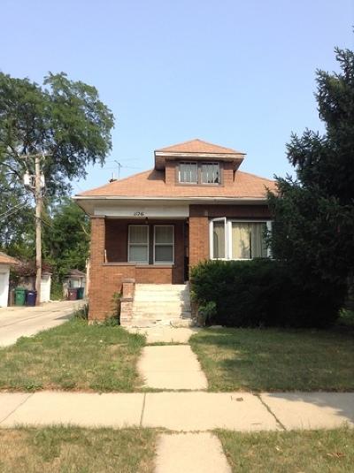 Oak Park Single Family Home Contingent: 1126 North Taylor Avenue