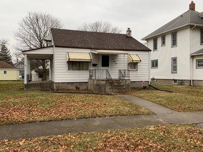 Bradley Single Family Home For Sale: 423 North Michigan Avenue