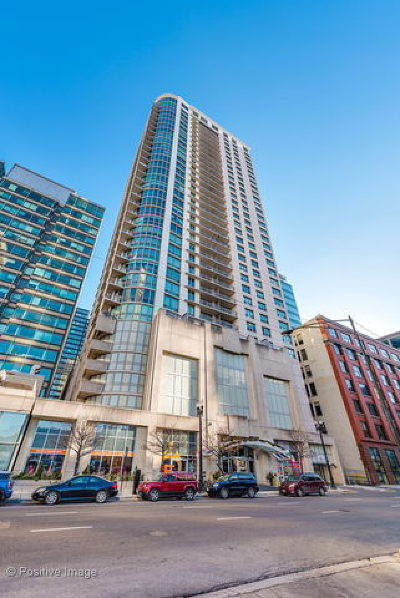 Condo/Townhouse For Sale: 125 South Jefferson Street #2205