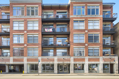 Condo/Townhouse For Sale: 3260 North Clark Street #206