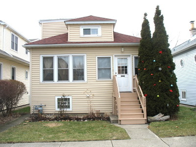 Elmwood Park Single Family Home For Sale: 2208 North 73rd Avenue