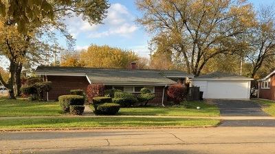 Morton Grove Single Family Home For Sale: 7356 Palma Lane