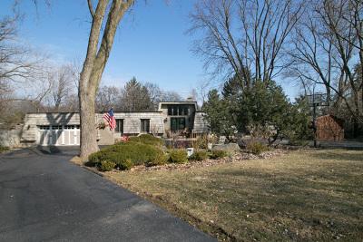 Glen Ellyn Single Family Home For Sale: 23w080 Hackberry Drive