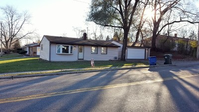 Carpentersville Single Family Home Contingent: 51 Golfview Lane