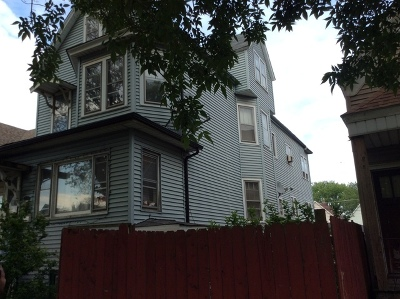 Chicago IL Multi Family Home For Sale: $119,000