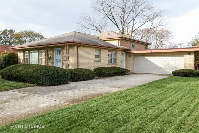 Single Family Home For Sale: 912 East 166th Place