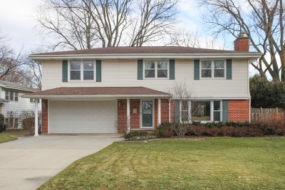Deerfield Single Family Home Contingent: 921 Stratford Road